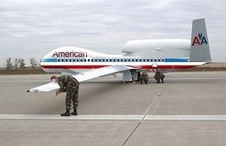 """Jedna od rijetkih fotografija američke vojske koja pokazuje posebno """"obojan"""" zrakoplov nalik na onog koji je udario u Pentagon."""