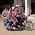 five-on-a-bike-funny-photo