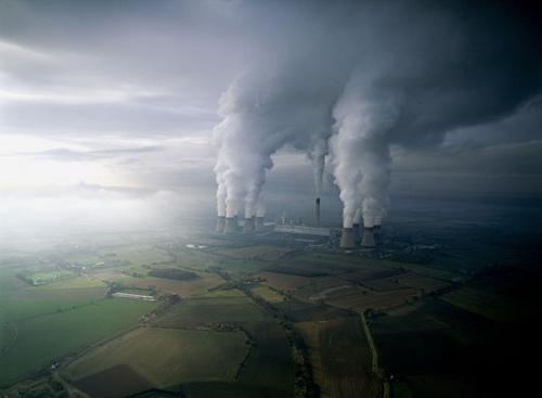 Prljav zrak iz industrijskih i gradskih izvora je samo jedna strana medalje toksične biosfere, ne smijemo zaboraviti radijaciju.