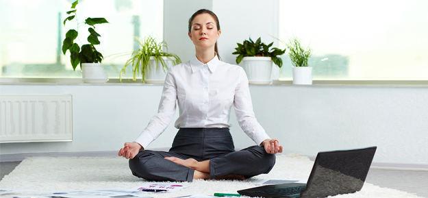 business_corporate_meditation_woman_home1
