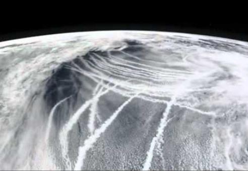 Zstrašujući pogled na chemtrailse iz svemira.