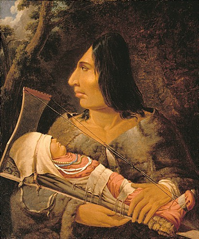 Pripadnica plemena Chinook s umjetno oblikovanom glavom.