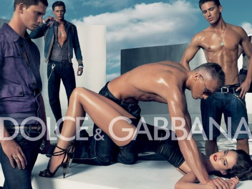 Najuspješnije reklame imaju izričitu seksualnu notu i/ili šokiraju.