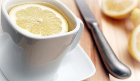 Trudnice, kao i svatko drugi tko ima gripu trebaju mirovati, uzimati toplog čaja s limunom i ostale prirodne stvari koje mogu pomoći u lakšem i bržem ozdravljenju.