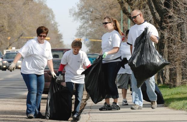 Dobrovoljno čišćenje i uređivanje okoliša će osim lijepog izgleda vaše ulice pridonjeti i poboljšanju vašeg zdravlja.