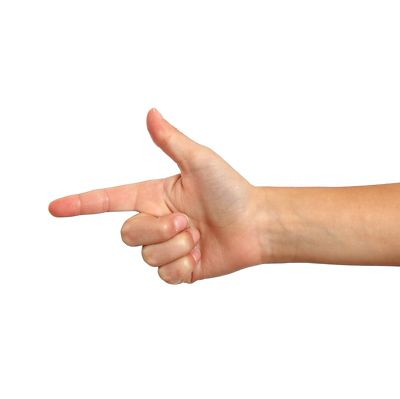 Osim plastičnih pištolja na sapunicu terorističku prijetnju predstavlja i gesta rukom koja simbolizira pištolj.