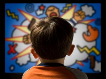 Prekomjerno gledanje televizije utječe na djecu i više nego što smo mislili.