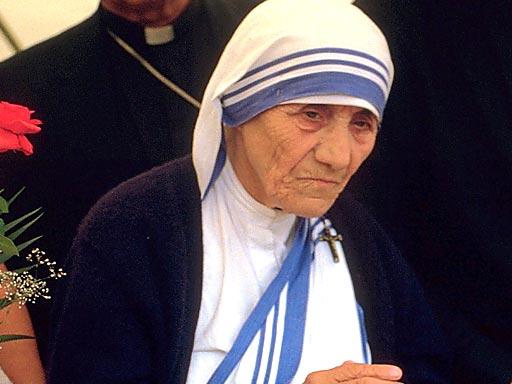Majka Terezija pred kraj života.