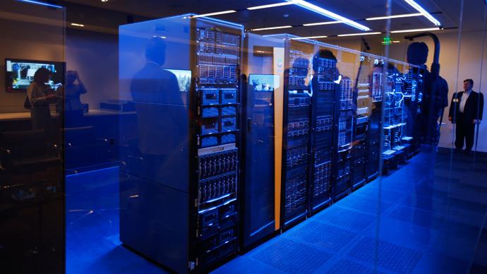 Hoće li klasični serveri i kompjutori uskoro postati stvar prošlosti? Fotografija vlasništvo: Reuters / Stephen Lam.