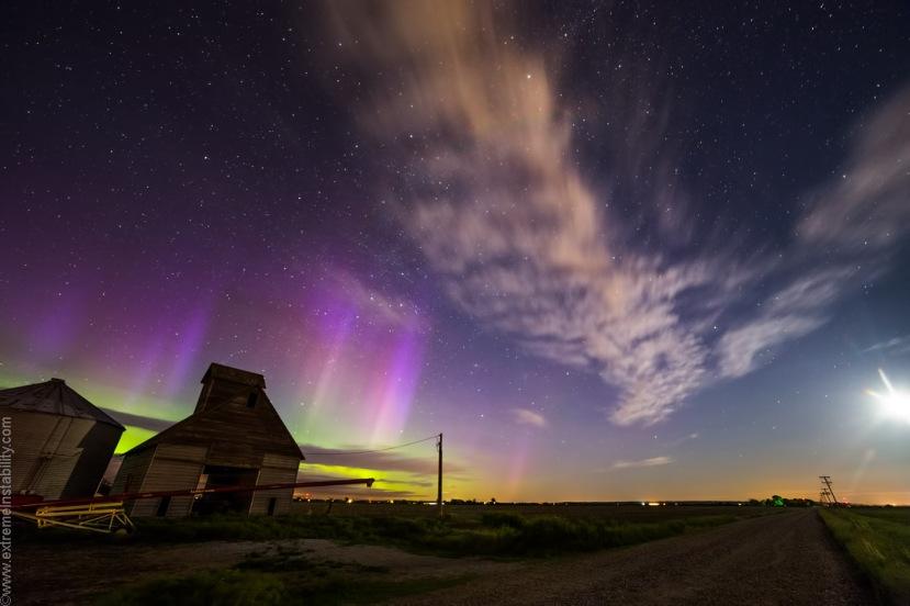 Polarno svjetlo i sprite - dva neobičan nebeska fenomena na jednom mjestu.