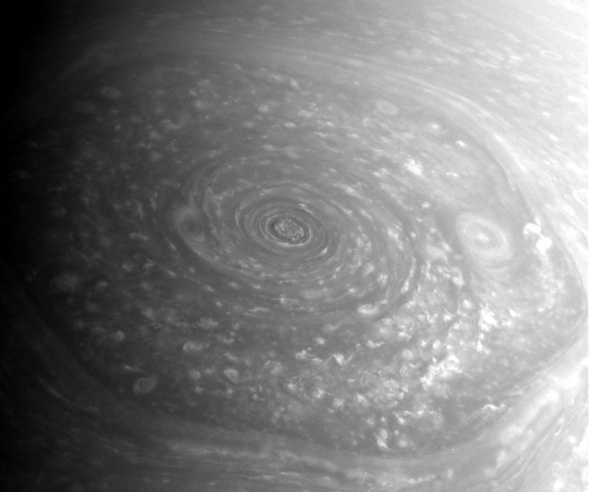 Saturnov heksagonalni vrtlog.