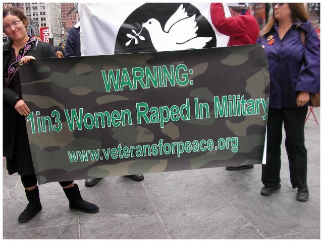 Svaka treća žena u vojsci SAD-a je silovana.