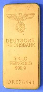 Nacistički Reichbank je obavezno topio zlato koje je otimao od pokorenih naroda Europe, stavljajući državna obilježja na zlato pokušavali su prikriti i legalizirati otimačinu.