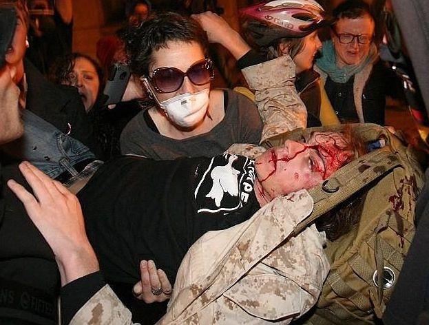 Za sve one koji se sjećaju Occupy pokreta, ovakvi prizori policijske brutalnosti nisu izmakli.