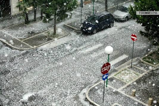 11.06.2013., mediternska Pescara je prekrivena snijegom i tučom.