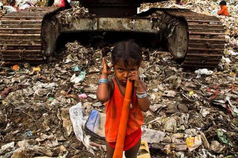 Djete radnik na smetlištu Ramapuram. ZAšto ne vidimo stvari koje bi se trebale mijenjati?