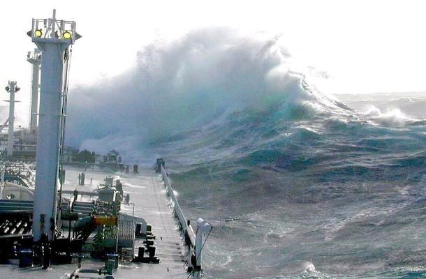 Čudovišni nelinearni valovi se stvaraju na istim mjestima gdje su znanstvenici snimili dubinske divovske virove.