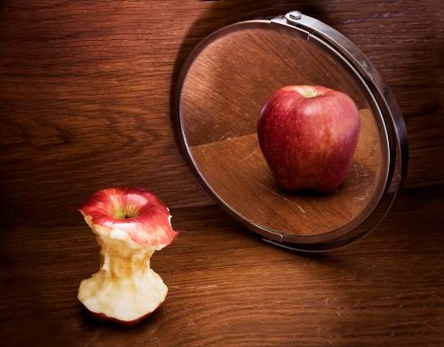 Poremećaji prehrane su uzrokovani psihičkim problemima.
