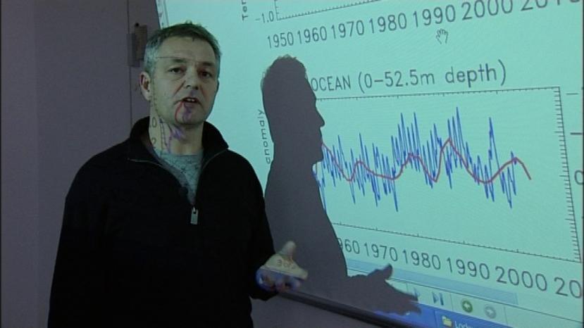 Henrik Svensmark u prezentaciji svog naučnog rada u kojemu je otkrio utjecaj sunčeve radijacije i kozmičkog zračenja na nastanak i nestanak vrsta na Zemlji.