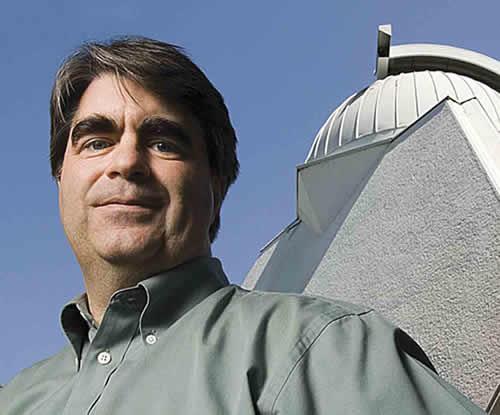 Todd Hoeksema je objavio znanstveno istraživanje u kojem se tvrdi kako će se solarni magnetni polovi preokrenuti u nekoliko narednih dana.