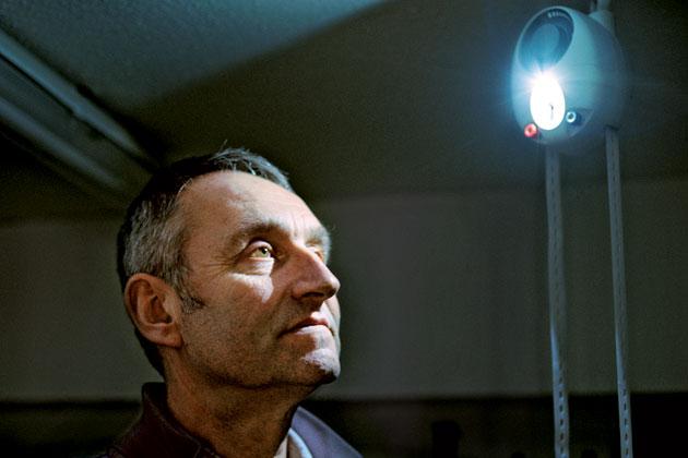 Martin Riddiford izumitelj GravityLIghta koji se može kupiti po cijeni od pet dolara.
