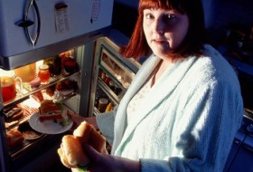 Night Eating Syndrome / Nacht Heisshunger
