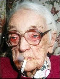 Marie Ellis je živjela do 105 godine života bez obzira što joj je cigareta bila non stop u ustima.