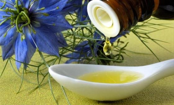 Ekstrakt, ulje i sjemenke crnog kima djeluju protuupalnu, antivirusno, pa čak liječe i HIV.
