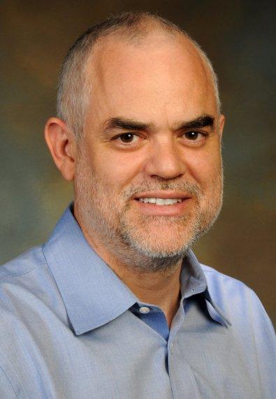 Floyd Romesberg, voditelj  istraživačkog tima iz Kalifornije koji je stvorio živi organizam sa sintetiziranim nukleotidima.