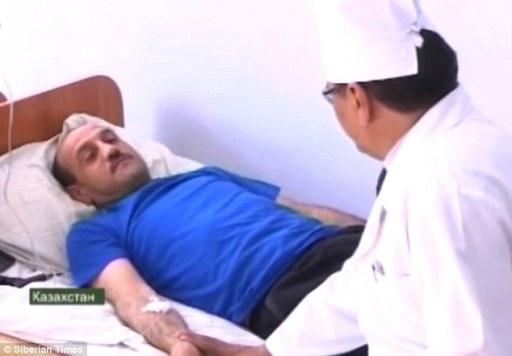 Uapavani čovjek iz Kalachija, neposredno nakon što se probudio u bolnici nakon 28 sati dubokog sna nalik na komu.