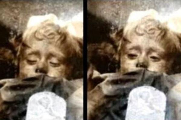 Otvara li ova mumija oči? Misterija s jednostavnim objašnjenjem.