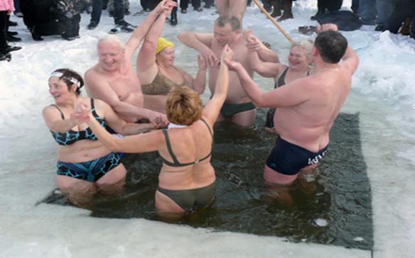 Sjevernjaci odavno koriste kupanje i tuširanje u hladnoj vodi kako bi poboljšali psiho-fizičko zdravlje.