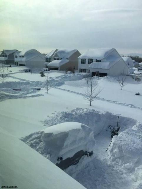 52% teritorija SAD-a je prekriven s dva metra snijega. U narednih tjedan dana se očekuje još 120 centimetara novih snježnih nanosa.