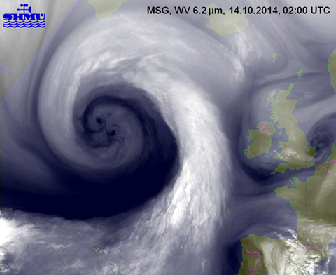 Snimka super oluje nad Atlantikom koja je donijela poplave, tuču, pijavice i sve moguće vrste oborina Europi u zadnjih mjesec i pol dana.