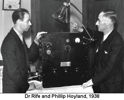 Royal Rife i Philip Hoyland 1938. godine.