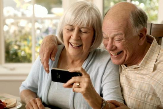 Čini se da j stariji ljudi znaju bolje koristiti mozak od mlađih ljudi, a sve to zahvaljujući stalnom vježbanju mozga.