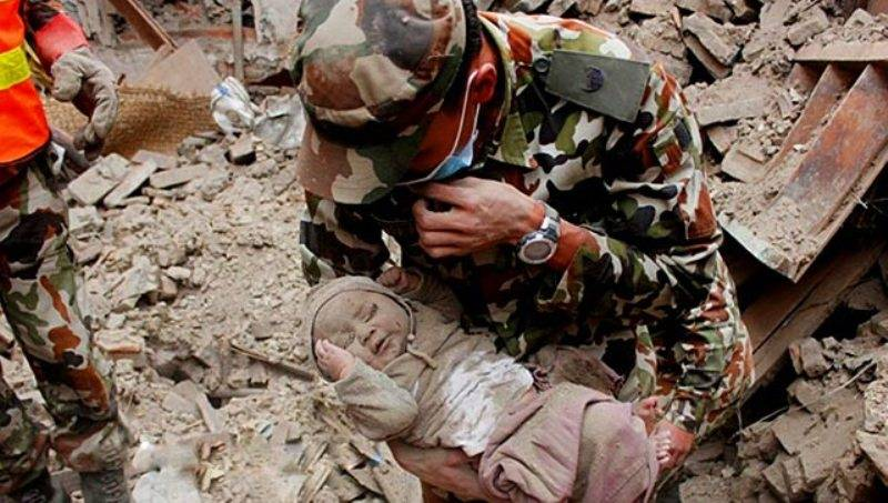 Tisuće mrtvih i jedna spašena beba.
