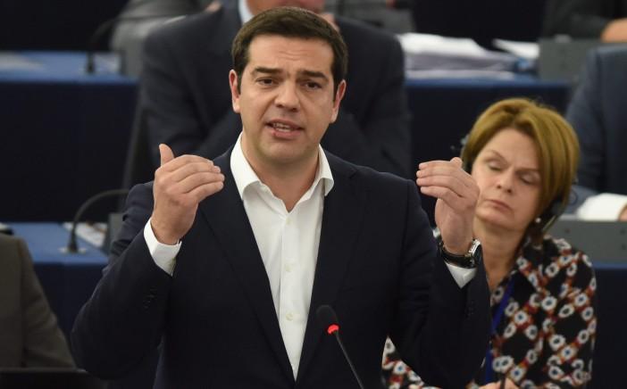 Grčki premijer Alexis Tsipras, rijetko viđen pošteni političar, nosi teško breme.