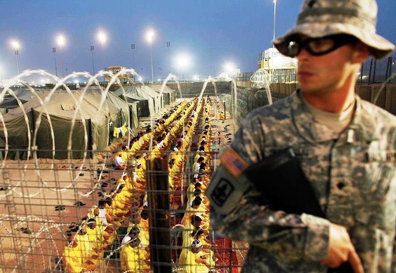 Surova stvarnost, oteoti građani Iraka, Irana, Afganistana i Libije spremni za uztamničenje u Gitmou na Kubi.