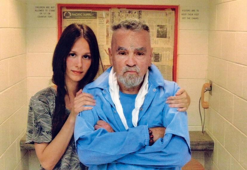 CHarkes Mason sa svojom novom ženom.