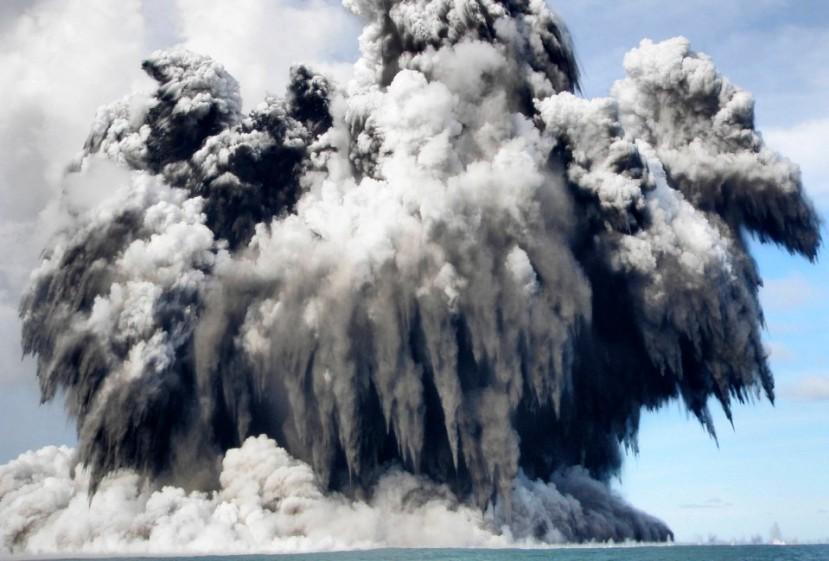 Ne tako davne 2009. podmorska vulkanska erupcija uz otočje Tonga je označila početak sve burnijih seizmičkih događanja na našoj planeti koja je uglavnom prekrivena morima.