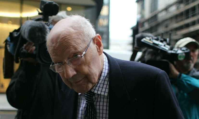 Ball je tri godine izvrdavao donošenje presude smatrajući kako će ga još jednom spasiti prijatelji iz visoke politike i članovi kraljevske obitelji. Srećom po nas vremena su se promijenila i otvoreni gnjev javnosti je spriječio ponavljanje oslobađajuće presude.