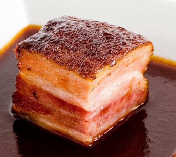 Pečena slanina nas ne bi trebala strašiti, slanina je odličan prehrambeni artikal kojeg bi trebali koristiti svakodnevno.