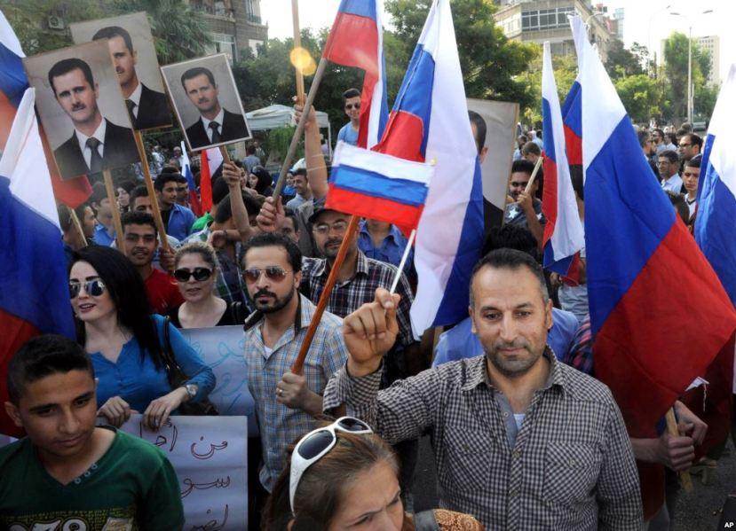 Sirijci masovno podržavaju rusku intervenciju i konačan početak uništavanja ISIS-a.