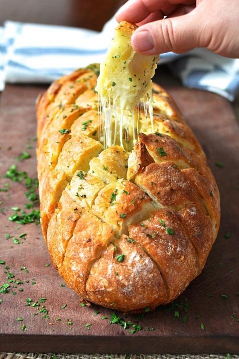 """Ako Vam na ovu sliku """"cure sline"""" tada ste ovisni o glutenu u kruhu i kazeinu u siru."""
