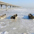 Zaleđene brodice u istočno kineskoj provinciji Jiaozhou