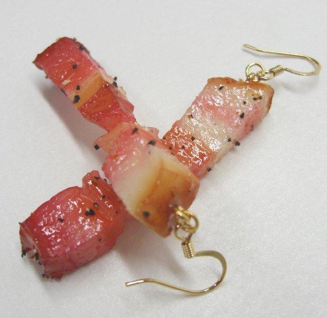 Volite li prženu slaninicu, nema problema, japanski majstori imaju rješenje za Vas, naušnice a la pečena slaninica.