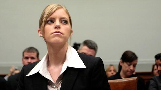 Jamie Leigh Jones za vrijeme suđenja s KBR silovateljima.