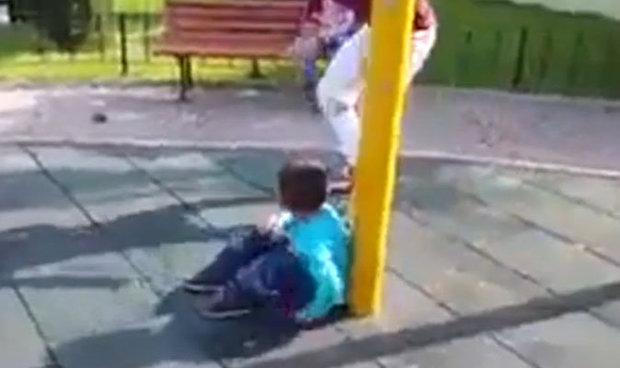 Zašto bi itko želio strašiti maleno dijete?