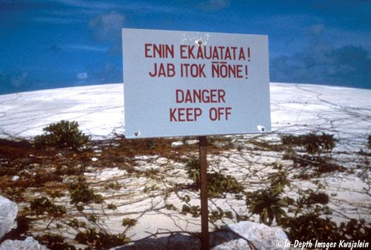Upozorenje pored kupole Katus.